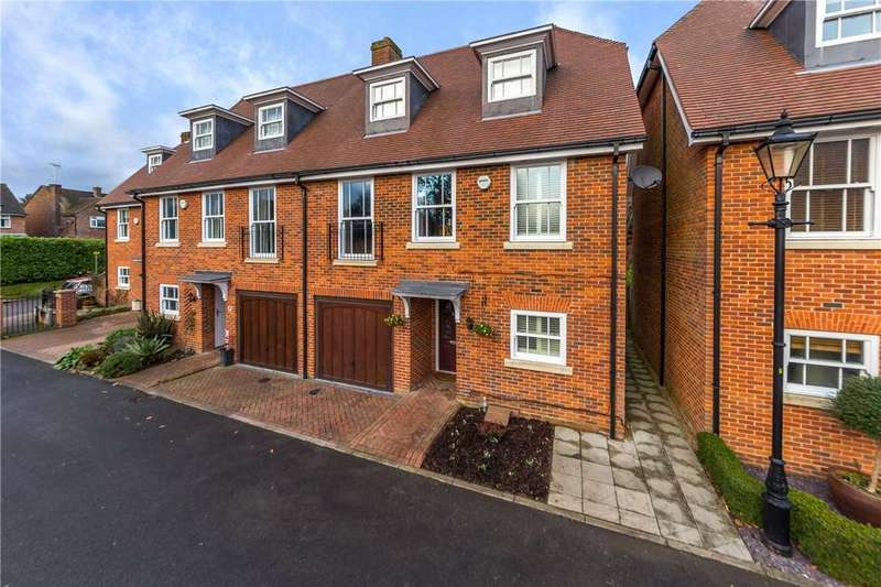 4 Bedrooms Semi Detached House for sale in Miller Close, Redbourn, St. Albans, Hertfordshire