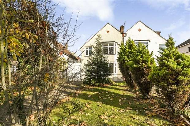 3 Bedrooms Semi Detached House for sale in Baring Road, London