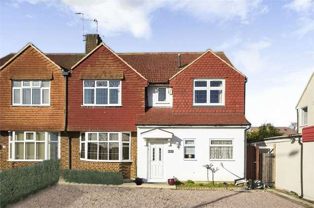 4 Bedrooms Semi Detached House for sale in Bexley Road, London
