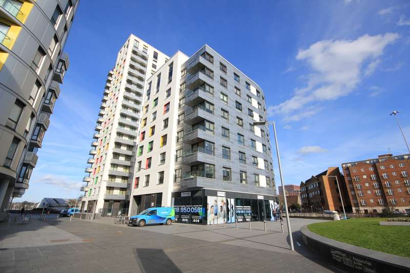 3 Bedrooms Apartment Flat for sale in Honister, Alfred Street, Reading, RG1