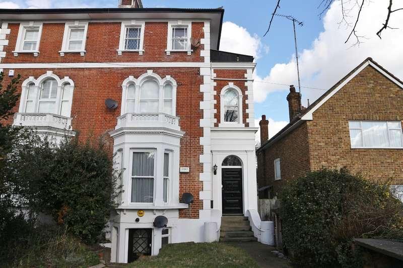 1 Bedroom Flat for sale in Park Crescent, Lesney Park, Erith, Kent, DA8 3DZ
