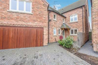 4 Bedrooms House for rent in Dale End Road, Hilton.