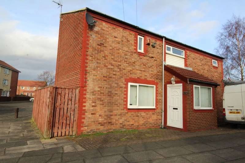4 Bedrooms Detached House for sale in West Farm Avenue, Longbenton, Newcastle Upon Tyne, NE12