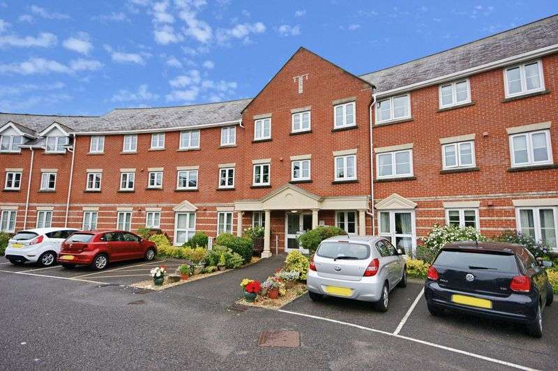2 Bedrooms Property for sale in Blenheim Court, Christchurch, BH23 2UG
