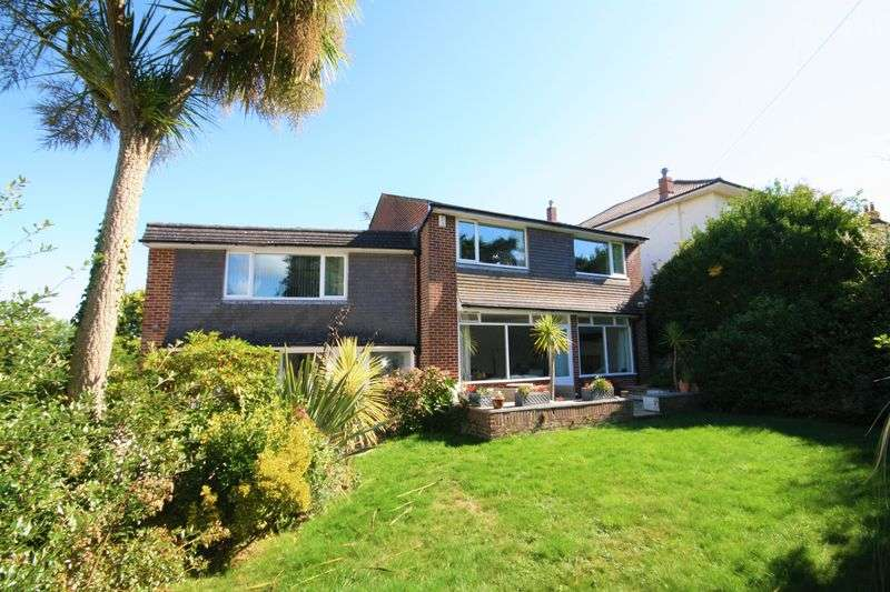 4 Bedrooms Property for sale in Seafield Road, Bournemouth