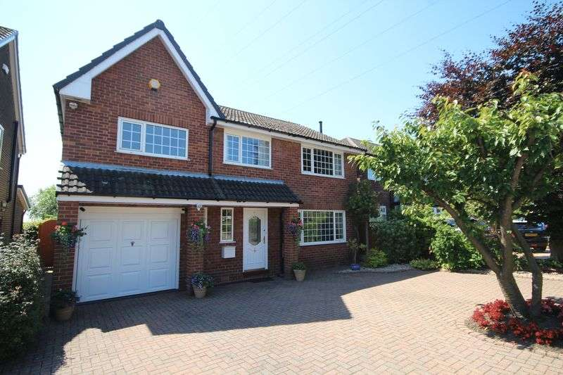 4 Bedrooms Property for sale in Greenvale Bamford, Rochdale
