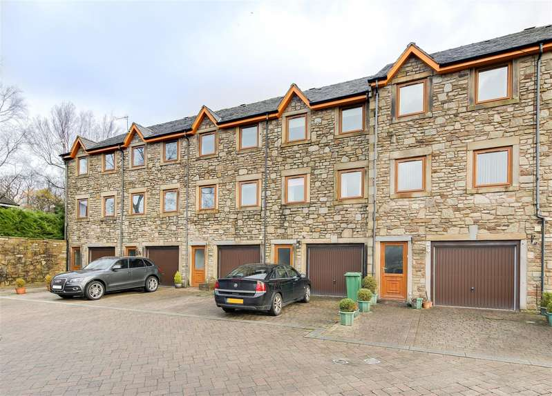 3 Bedrooms Town House for sale in Vale Mill Court, Edenfield, Ramsbottom, Bury