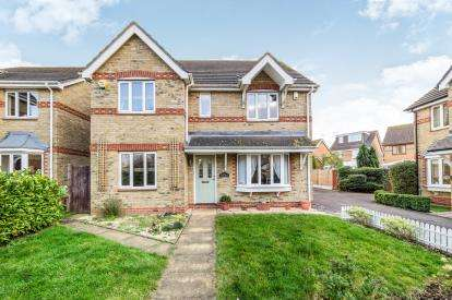 4 Bedrooms Detached House for sale in South Ockendon, Essex, England