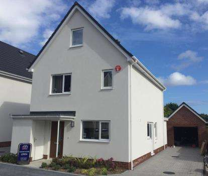 4 Bedrooms Detached House for sale in 638-646 Blandford Road, Poole