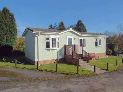 1 Bedroom Mobile Home for sale in Baddesley Road, North Baddesley, Southampton