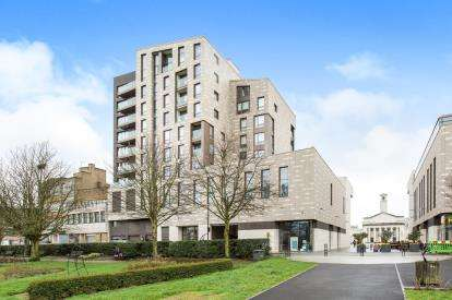 2 Bedrooms Flat for sale in 10 Park Walk, Southampton, Hampshire