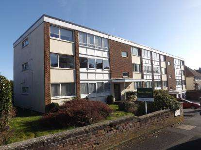 2 Bedrooms Flat for sale in Lascelles Road, Bournemouth, Dorset