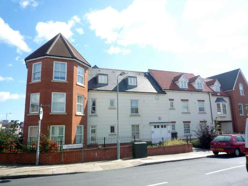 1 Bedroom Apartment Flat for sale in Alan Road, Ipswich