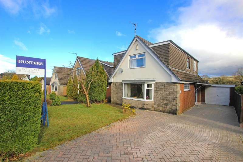 4 Bedrooms Detached House for sale in Kings Drive Hoddlesden BB3 3RB