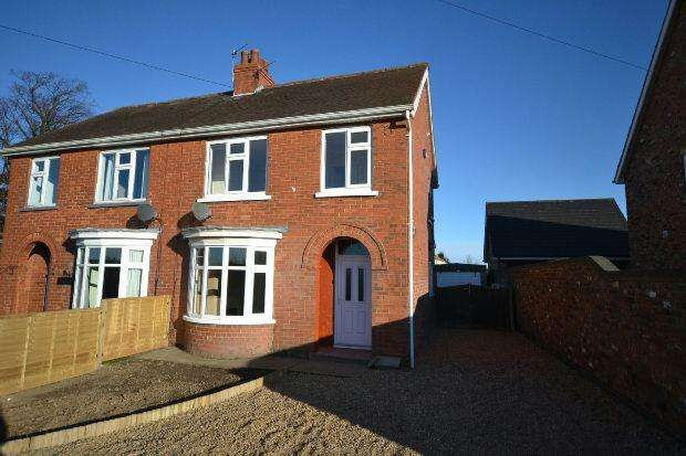 3 Bedrooms Semi Detached House for sale in Barton Street, Keelby, Grimsby