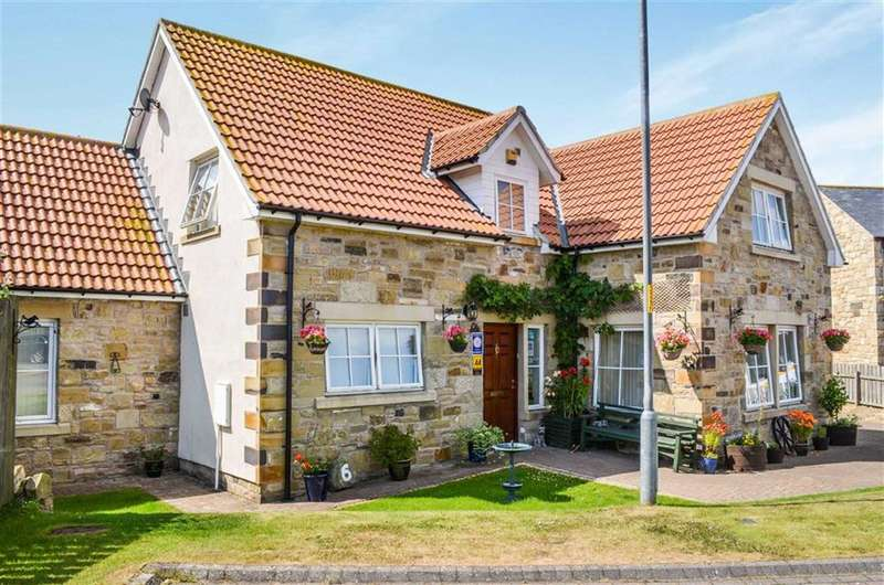 5 Bedrooms Detached House for sale in Regal Close, Seahouses, Northumberland