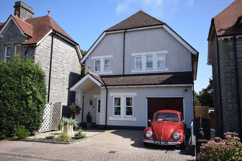 4 Bedrooms Property for sale in 28 Preswylfa Court, Bridgend
