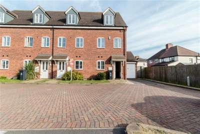 3 Bedrooms House for rent in Brundard Close WS3 Bloxwich