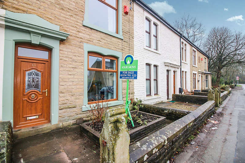 3 Bedrooms Property for sale in Sandy Lane, Lower Darwen, Darwen, BB3