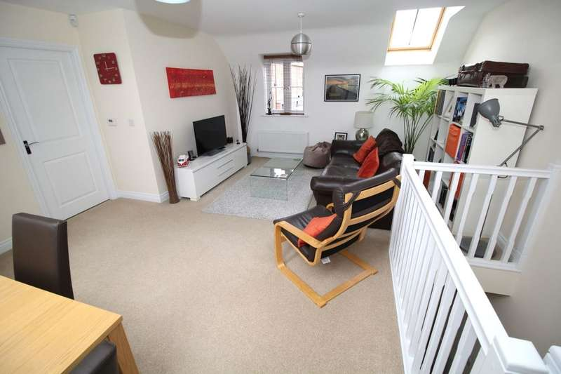 2 Bedrooms Detached House for sale in Cantley Road, Great Denham, Bedford, MK40