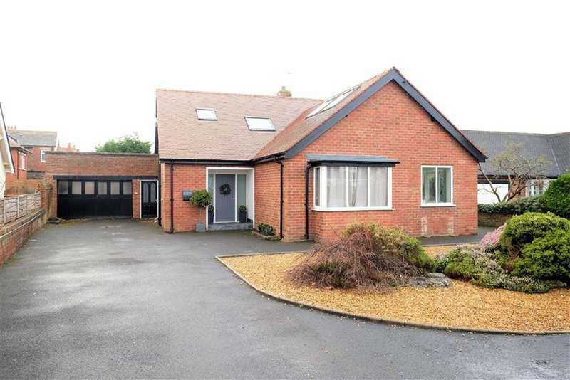 5 Bedrooms Detached House for sale in Clifton Drive, Fairhaven