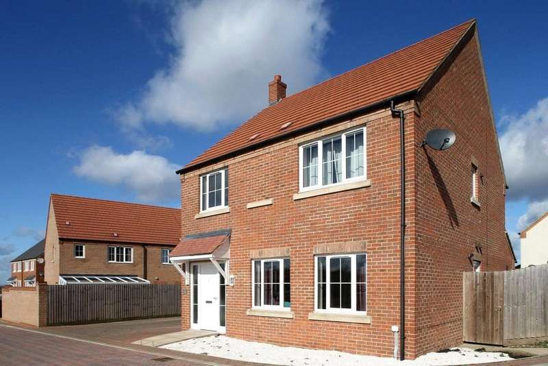 4 Bedrooms Detached House for sale in Romans Walk, Caistor, LN7