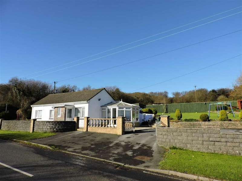 3 Bedrooms Detached Bungalow for sale in Mynyddygarreg, Kidwelly