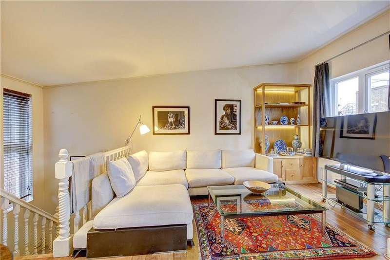 2 Bedrooms Flat for sale in Neal Street, London, WC2H