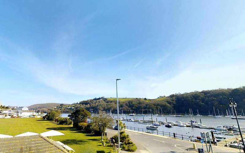 2 Bedrooms Apartment Flat for sale in Apartment 2 - Sails, College Way, Dartmouth, Devon, TQ6