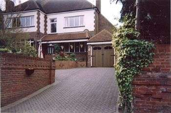 4 Bedrooms House for sale in London Road, Cosham, Portsmouth, PO6 3ET