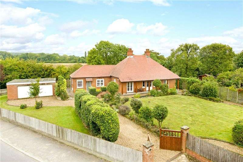 3 Bedrooms Barn Conversion Character Property for sale in Orchard Lane, Harrold, Bedfordshire