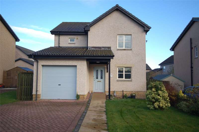 3 Bedrooms Detached House for sale in 23 Wallaceneuk, Kelso, Scottish Borders, TD5