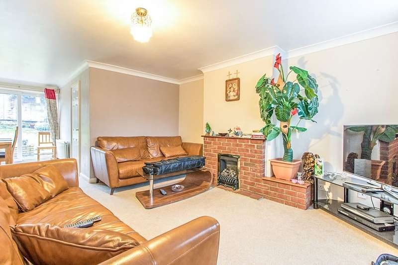 3 Bedrooms Semi Detached House for rent in Riverhead Close, Maidstone, ME16