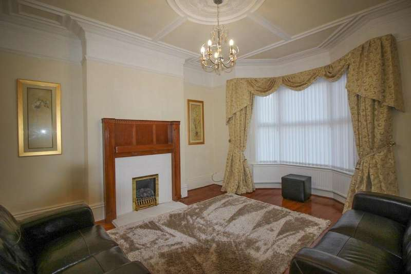 3 Bedrooms House for rent in Evelyn Street