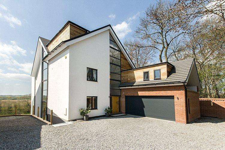 5 Bedrooms Detached House for sale in Blackwell, Darlington, County Durham