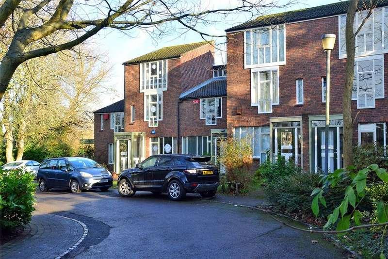 2 Bedrooms Terraced House for sale in Corner Green, Blackheath, London, SE3