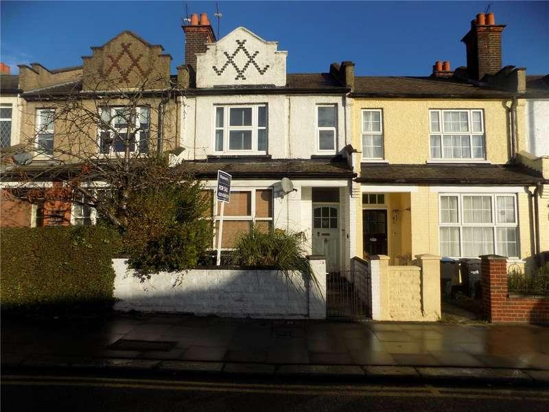 2 Bedrooms Maisonette Flat for sale in Southbury Road, Enfield, EN1