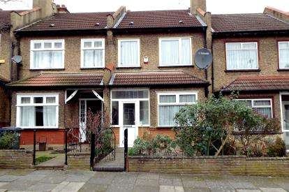 2 Bedrooms Terraced House for sale in Marne Avenue, London