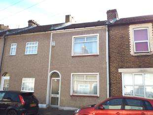 2 Bedrooms Terraced House for sale in Range Road, Gravesend, Kent, England