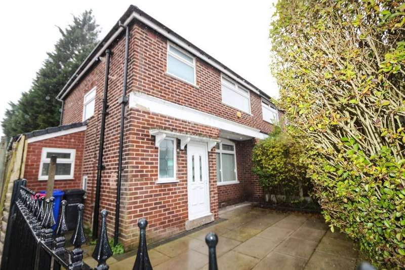 3 Bedrooms Semi Detached House for sale in 12 Windsor Ave Irlam