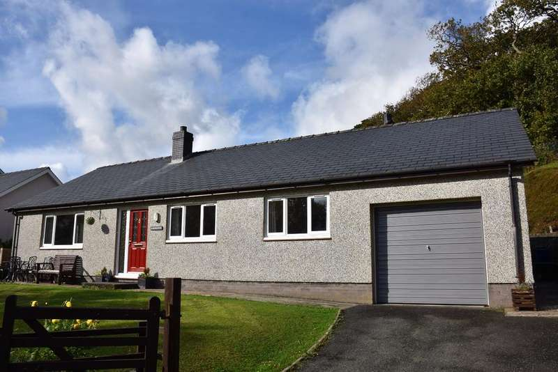 3 Bedrooms Bungalow for sale in Pencefn Road, Dolgellau, LL40