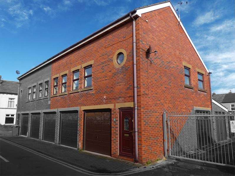 2 Bedrooms Penthouse Flat for sale in John Street, South Shore, Blackpool