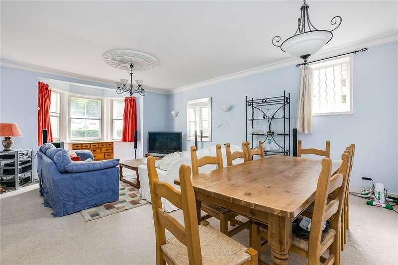 3 Bedrooms Flat for sale in Queens Road, Richmond, Surrey