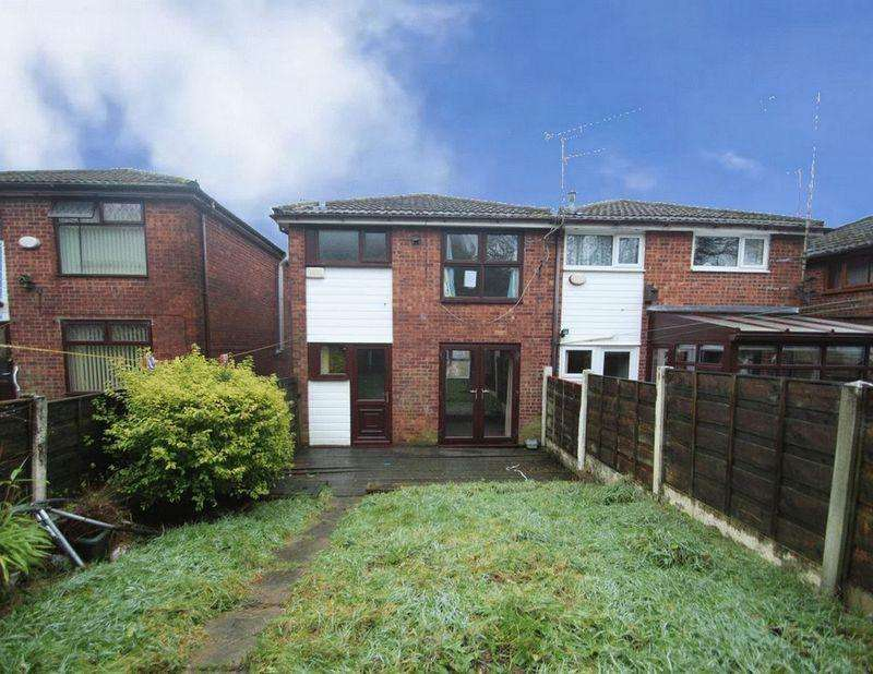 3 Bedrooms Semi Detached House for sale in Beightons Walk, Shawclough , Rochdale OL12 6EA