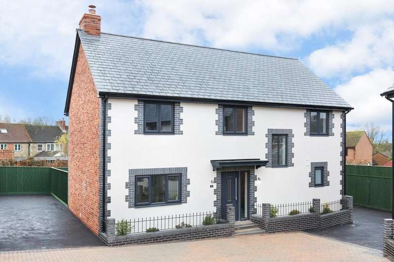 4 Bedrooms Detached House for sale in High Street, Dilton Marsh