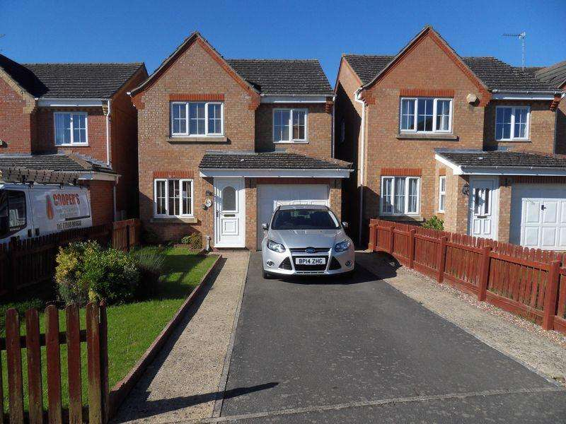 3 Bedrooms Detached House for rent in Keld Close, Corby