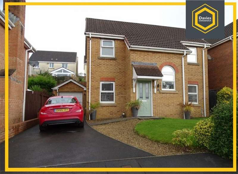 3 Bedrooms Detached House for sale in Fronhaul, Llanelli, SA14