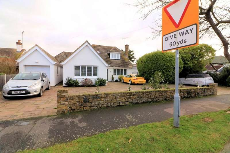 4 Bedrooms Detached House for sale in St. Augustines Avenue, Thorpe Bay