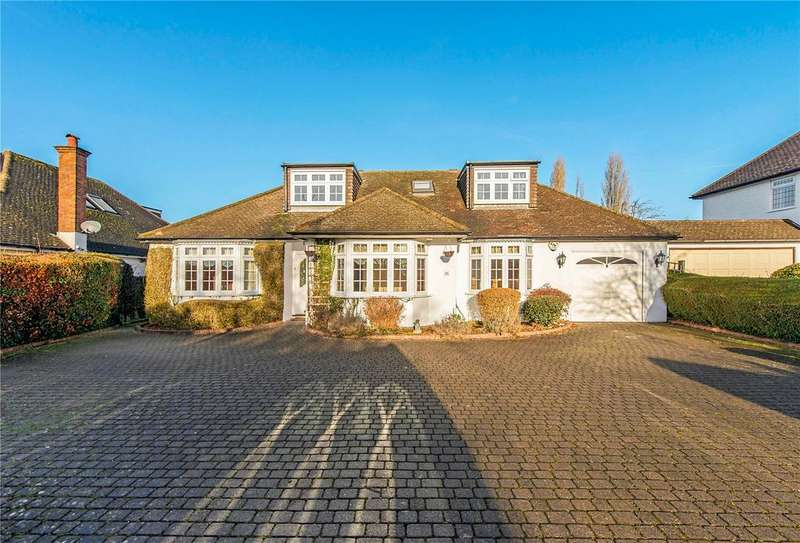 5 Bedrooms Detached House for sale in Chipperfield Road, Kings Langley, Hertfordshire, WD4