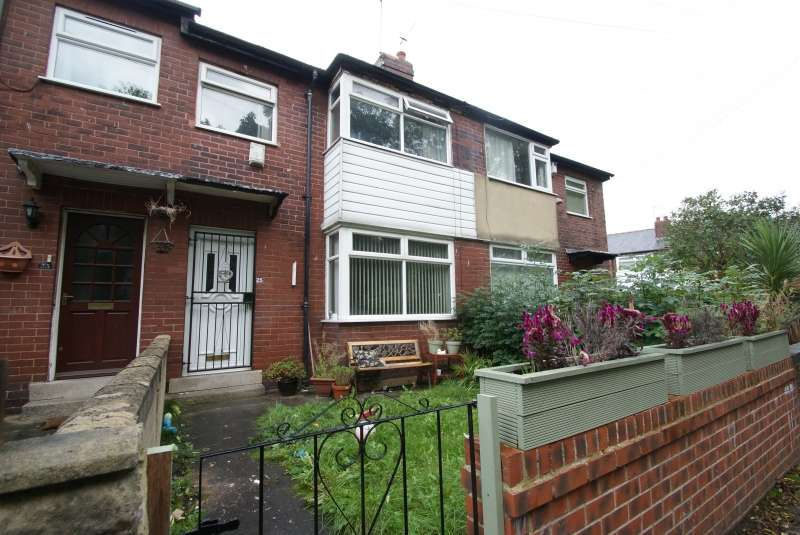 4 Bedrooms Semi Detached House for rent in Park View Road, Hyde Park, Leeds